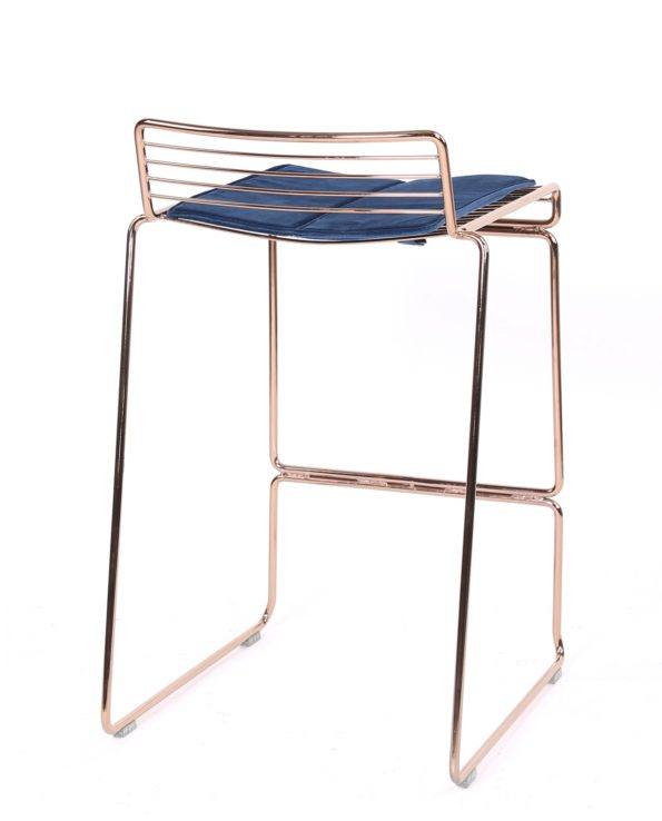 Chaise de bar design moderne en fil métal or rose - kayelles