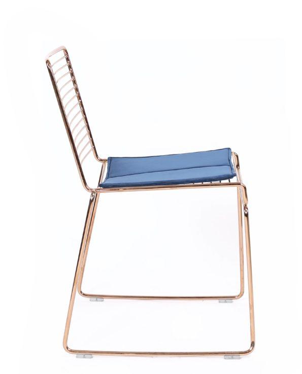 Chaise design moderne - fil métal or rose et coussin en velours - kayelles