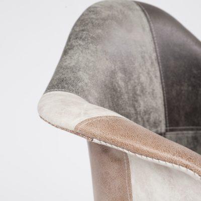 lot-2-chaises-accoudoirs-scandinaves-patchwork-marron