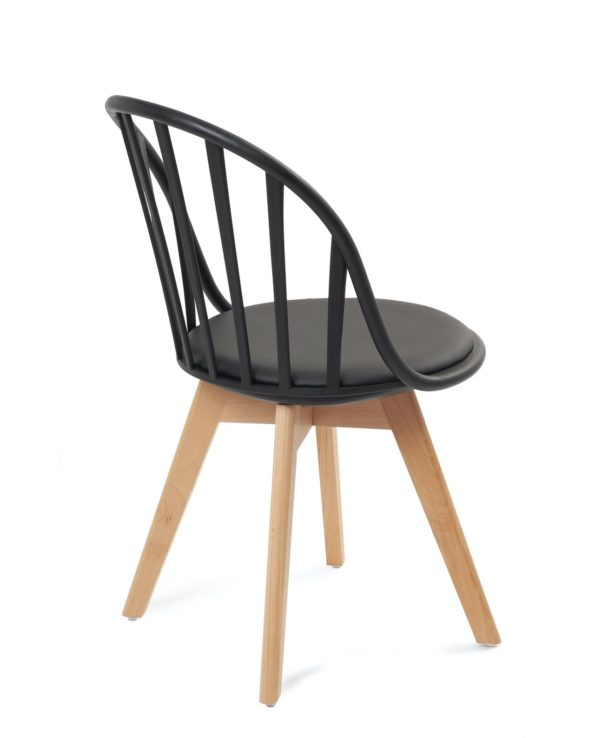 chaise-scandinave-design-confort-coussin-noir
